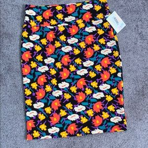 LuLaRoe multi-colored floral Cassie skirt L NWT